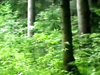 Hard Rough Hook-up In The Forest