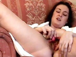 Hairy Coed Gyrates Her Nub