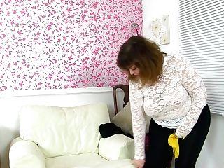 Uk's Prettiest Bbw Cougar Antique Fox Is A Decent Housewife